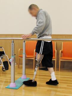 義足は万能でなくとも便利なもの